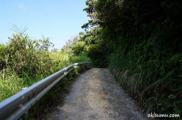 アクナ浜への行き方